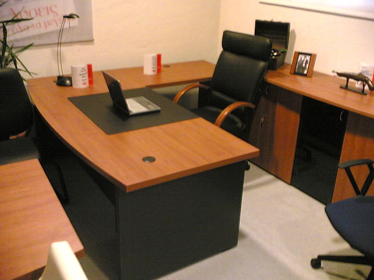 Γραφείο Εργασίας Γωνιακό 1,80 x 1,80cm